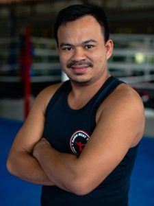 muay thai trainer