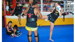 girls training muay thai