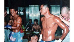 tuk and hehm fight in phi phi islnd